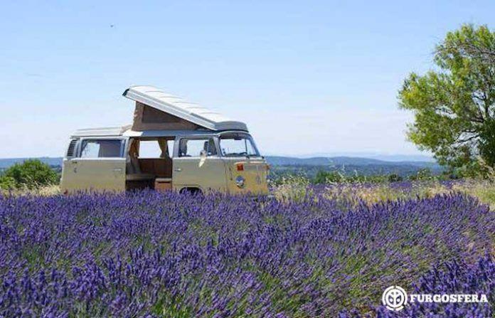 La Provenza en furgoneta: Un viaje de oro azul