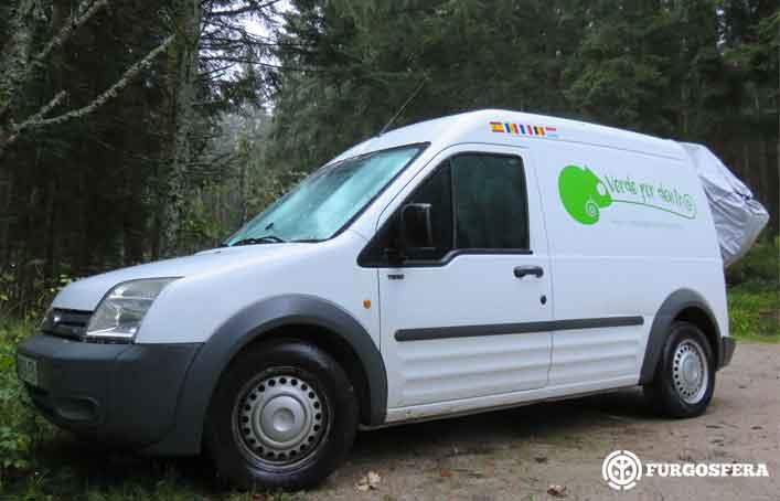 Viajar en furgoneta: Verde por dentro