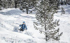 Ski con parking para furgos