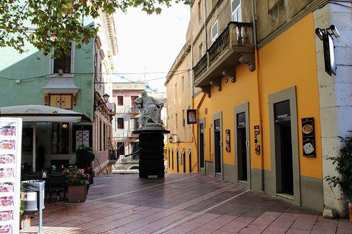 Figueres, centro del triángulo daliniano