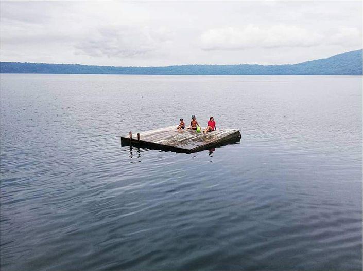 La laguna de Apoyo, donde conocimos las güirilas